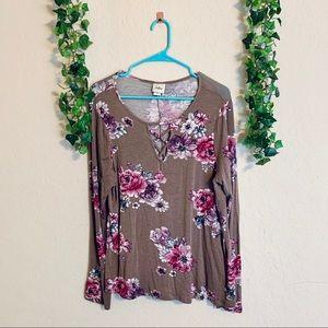 Daytrip floral long sleeve   size XL